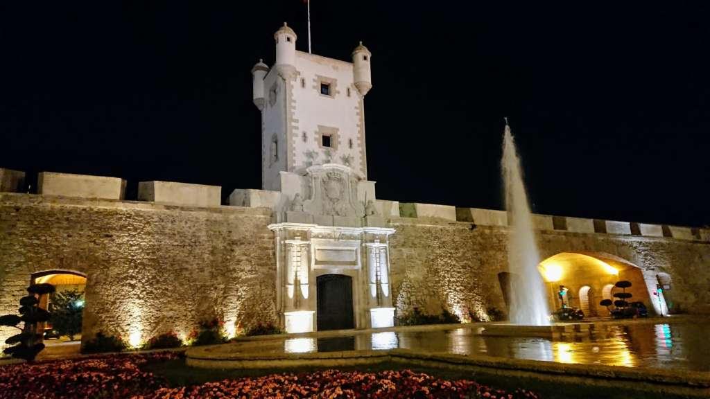 Puerta Tierra
